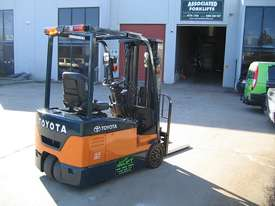 Toyota 1.5t  Forklift with Container Mast - picture8' - Click to enlarge