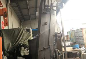 Tall conveyor, Cap conveyor, upright conveyor
