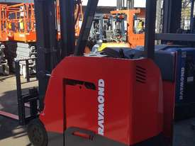 Raymond Electric Stand Up forklift Truck 6375mm Lift 2013 model  - picture3' - Click to enlarge
