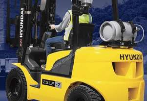 New Hyundai Forklift with 4.7m 3 stage mast