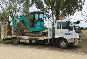 Used 2004 Nissan UD and 2015 3.5 tonne Kobelco for Sale - Low hours and kms Excellent condition