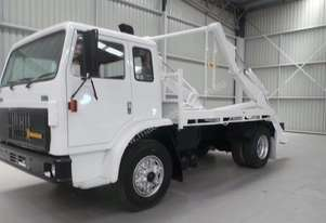 International Acco 2250E Tray Truck