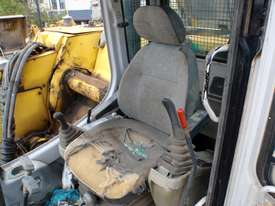 2004 Sumitomo SH225X-3 Excavator *DISMANTLING* - picture8' - Click to enlarge