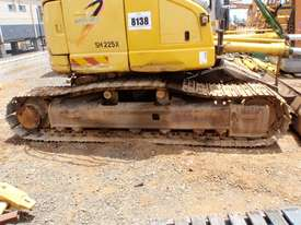 2004 Sumitomo SH225X-3 Excavator *DISMANTLING* - picture17' - Click to enlarge