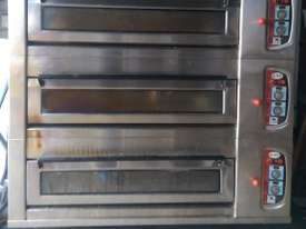 Heng Wei 3 deck Electric Baking Oven ELEM-182 - picture0' - Click to enlarge