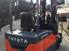 TOYOTA ELECTRIC FORKLIFT 7FBE20 4.5M LIFT CONTAINER MAST LATE MOEDEL - picture1' - Click to enlarge