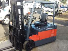 TOYOTA ELECTRIC FORKLIFT 7FBE20 4.5M LIFT CONTAINER MAST LATE MOEDEL - picture2' - Click to enlarge