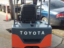 TOYOTA ELECTRIC FORKLIFT 7FBE20 4.5M LIFT CONTAINER MAST LATE MOEDEL - picture4' - Click to enlarge