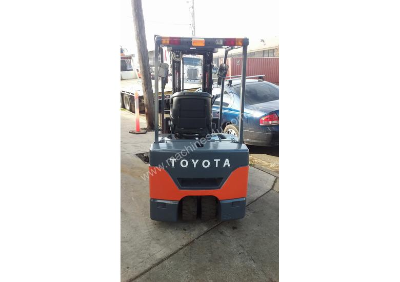TOYOTA ELECTRIC FORKLIFT 7FBE20 4.5M LIFT CONTAINER MAST LATE MOEDEL