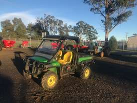 John Deere XUV 855D 4X4 Gator - picture0' - Click to enlarge