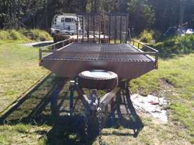 NEAR  NEW 4.5 TON 5.5M PLANT TRAILER W/ RAMPS  - picture1' - Click to enlarge