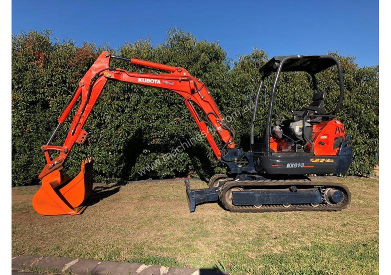 SOLD---Kubota KX91-3 Super Series 2 Excavator 3 2Ton