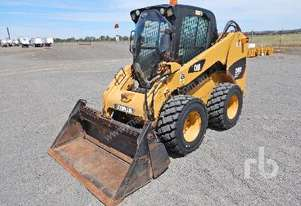 CATERPILLAR 246C Skid Steer Loader
