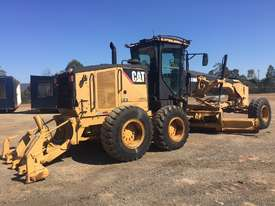 2010 CATERPILLAR 140M MOTOR GRADER - picture3' - Click to enlarge
