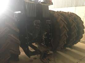New Holland T9.560 FWA/4WD Tractor - picture2' - Click to enlarge