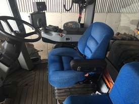 New Holland T9.560 FWA/4WD Tractor - picture5' - Click to enlarge