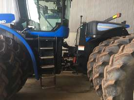 New Holland T9.560 FWA/4WD Tractor - picture1' - Click to enlarge