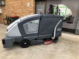 Sweeper Scrubber combo - picture6' - Click to enlarge