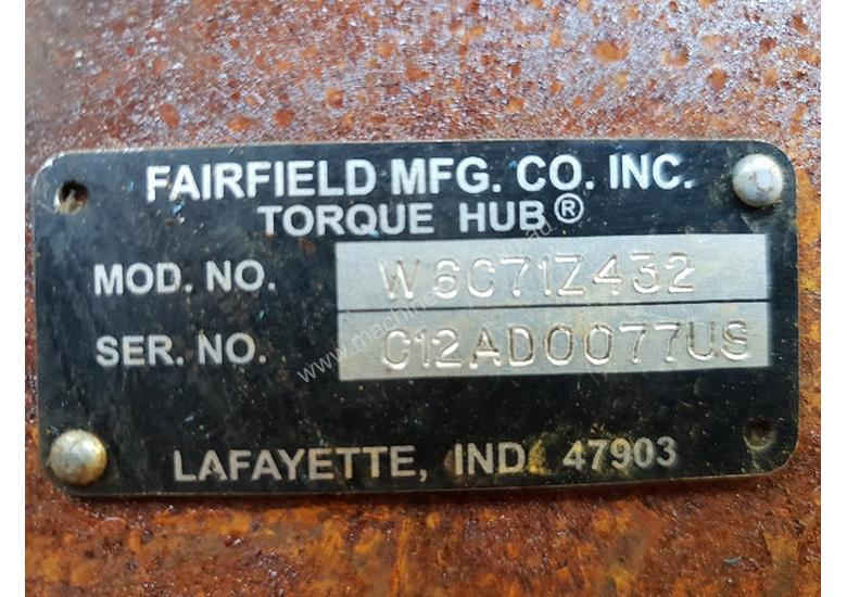 USA Fairfield Hydraulic Motor 995-70599 and Planetary Drive  W6C71Z432 Unit Weight : 160 kg