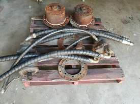 USA Fairfield Hydraulic Motor 995-70599 and Planetary Drive  W6C71Z432 Unit Weight : 160 kg - picture12' - Click to enlarge