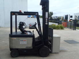 Crown Electric Forklift 6.2m Mast - picture1' - Click to enlarge