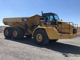 Caterpillar 740 Articulated Off Highway Truck - picture2' - Click to enlarge