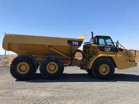 Caterpillar 740 Articulated Off Highway Truck - picture3' - Click to enlarge