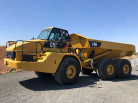 Caterpillar 740 Articulated Off Highway Truck - picture0' - Click to enlarge