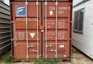 WELDED SHIPPING CONTAINER 20'X 8'