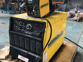 WIA MIG Welder Weldmatic Constructor DC65 3 Phase 415 Volt with WF605 Wire Feeder - picture3' - Click to enlarge