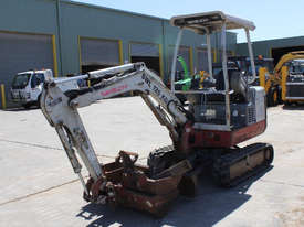 Takeuchi TB016 Tracked-Excav Excavator - picture3' - Click to enlarge