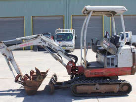 Takeuchi TB016 Tracked-Excav Excavator - picture4' - Click to enlarge