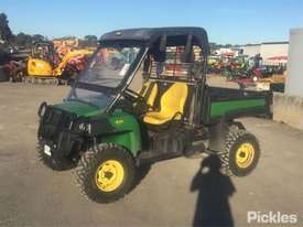 2015 John Deere Gator 825i - picture0' - Click to enlarge