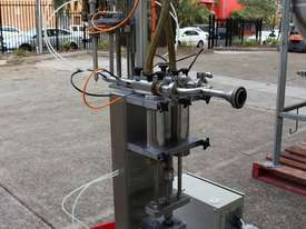 Vertical Piston Filler - picture1' - Click to enlarge