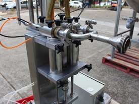 Vertical Piston Filler - picture2' - Click to enlarge