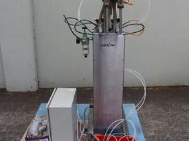 Vertical Piston Filler - picture3' - Click to enlarge