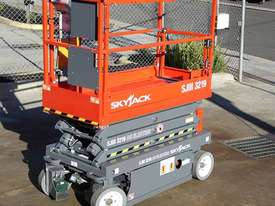 Skyjack 19ft Scissor Lift  with Galvanised Trailer - picture3' - Click to enlarge