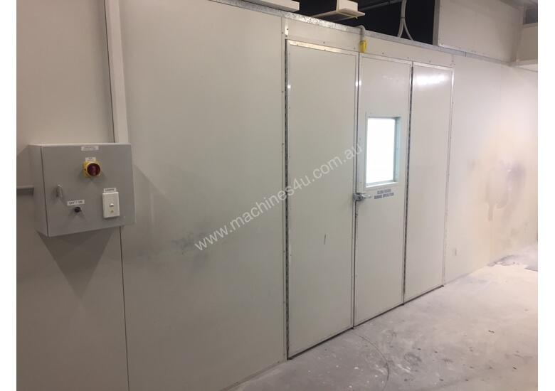 REDUCED PRICE! Semi Down-draft Spray Booth with attached drying booth