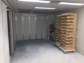 REDUCED PRICE! Semi Down-draft Spray Booth with attached drying booth - picture2' - Click to enlarge