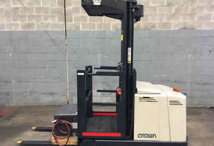 Crown LP3000 Stock Picker Forklift