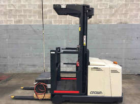 Crown  Stock Picker Forklift - picture1' - Click to enlarge