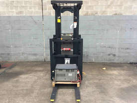 Crown  Stock Picker Forklift - picture2' - Click to enlarge