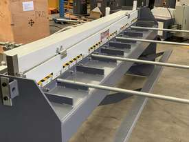 2500mm x 1.2mm Aussie Eng & Calibrated Backguage - picture3' - Click to enlarge