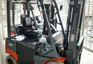 Toyota Electric Forklift New 2013 Model 1.8 Ton 4.5m Lift Container mast 4 wheel solid tyres