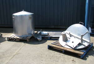 Stainless Steel Tank with Mixer - 600L