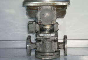 Oval LC553-711-C117 Flow Totalizer.