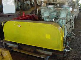 Siemens Vacuum Pumps - picture0' - Click to enlarge