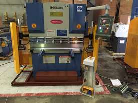 SM-PB40-1320NC2 1320MM X 40TON NC PRESSBRAKE  - picture5' - Click to enlarge