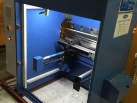 SM-PB40-1320NC2 1320MM X 40TON NC PRESSBRAKE  - picture9' - Click to enlarge