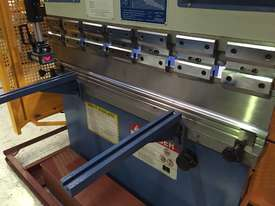 SM-PB40-1320NC2 1320MM X 40TON NC PRESSBRAKE  - picture11' - Click to enlarge